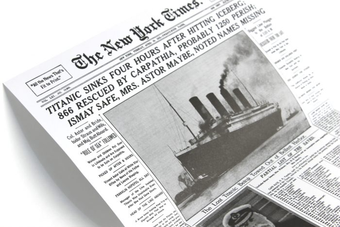 titanic-vinyl-soundtrack-original-newspaper